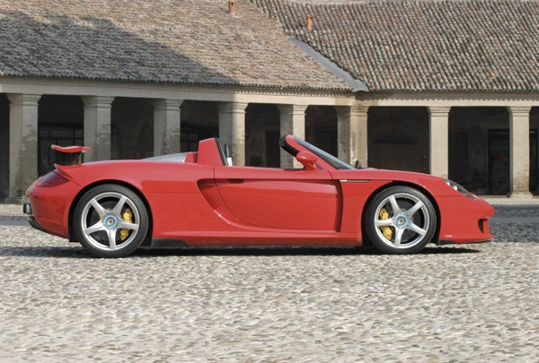Veloz e Furioso - Conheça o Porsche Carrera GT - Portal Revista ... ac75576cd4