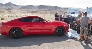 """Premiére do filme """"Need for Speed"""" com o novo Mustang é apresentada no salão de Detroit"""