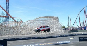 Piloto entra para o Livro dos Recordes depois de saltar 30 metros com o Chevrolet Sonic