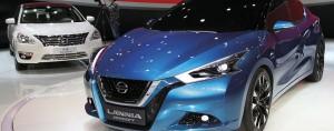 salao-de-pequim---Nissan-Lannia-branco-e-azul
