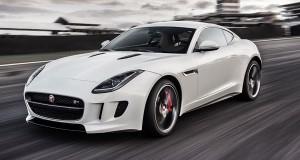 Jaguar F-Type Coupé chega ao Brasil trazendo toda a herança da marca