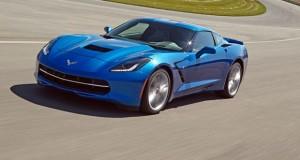 Conheça o modo manobrista da nova Corvette Stingray