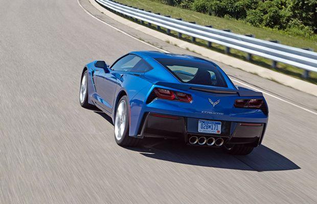 A bela traseira do Corvette Stingray 2015