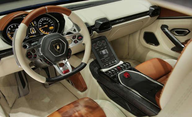 Interior do concept car Lamborghini Asterion