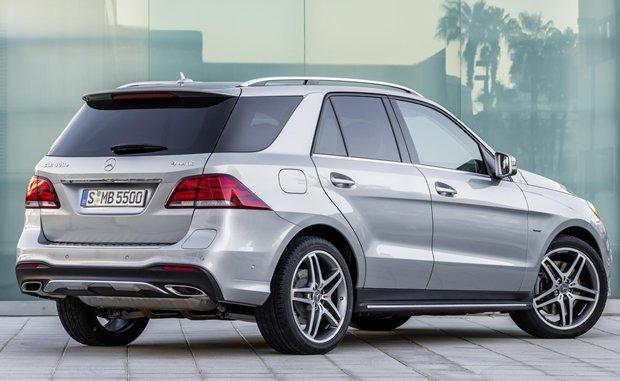 Mercedes-Benz GLE 2016 vista traseira