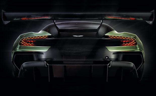 A traseira do Aston Martin Vulcan
