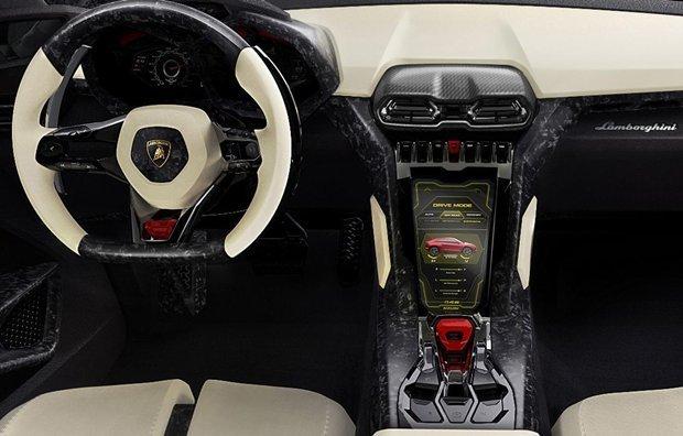 painel do SUV Lamborghini Urus