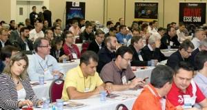 Fórum de Som e Acessórios debate questões fundamentais para o mercado