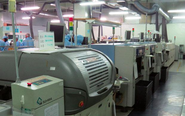 Fabricação de circuitos eletrônicos para acessórios automotivos em Taiwan