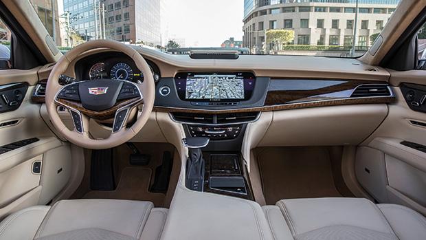 Painel do Cadillac CT6 2017, equipado com o sistema inovador.