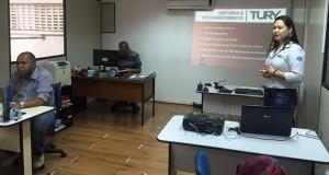 Painel Digital – Tury realiza treinamentos para instaladores, vendedores e distribuidores