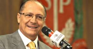 """Alckmin diz que vai regulamentar hoje (16/02) decreto da """"Lei do Pancadão"""""""