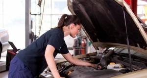 Curso de mecânica básica é oferecido exclusivamente ao público feminino