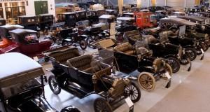 Maior coleção de clássicos Ford do Mundo é leiloada na Holanda por mais de R$ 27 milhões
