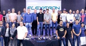 Stand-up Training da Flexitron reuniu 500 pessoas em workshops no mês de agosto