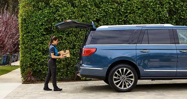 Ford faz parceria com a Amazon para entrega de encomendas nos automóveis da marca