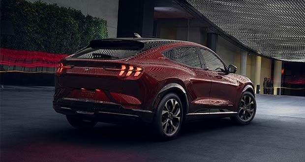 Ford exibiu novas tecnologias do Mustang Mach-E na CES