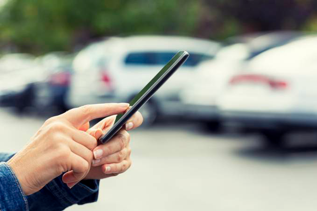 Fabricantes e concessionárias de automóveis precisam melhorar modelos de vendas on-line por causa do coronavírus