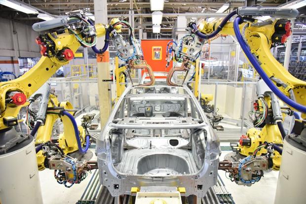 Volkswagen inicia retomada gradual da produção