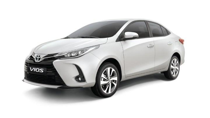 Toyota Yaris muda em 2021 e terá versão básica: veja