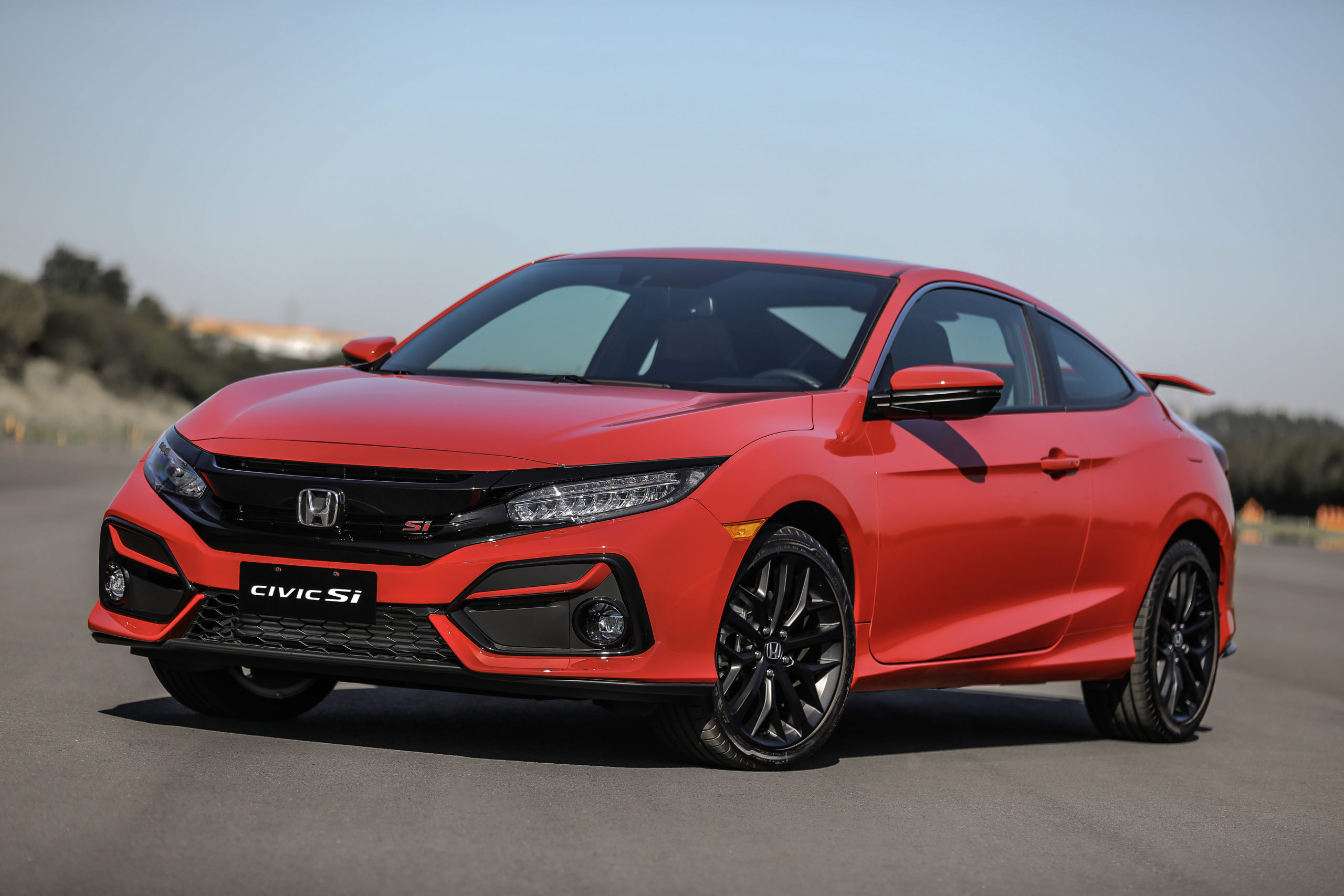 Civic SI volta ao catálogo da Honda com motor turbo 1.5
