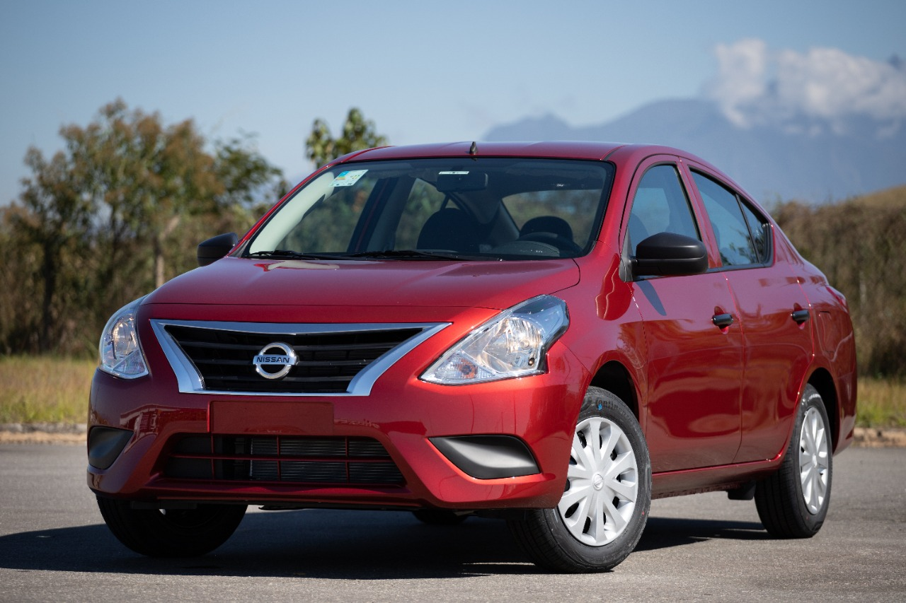 Nissan vende modelo de entrada do Versa só pela internet