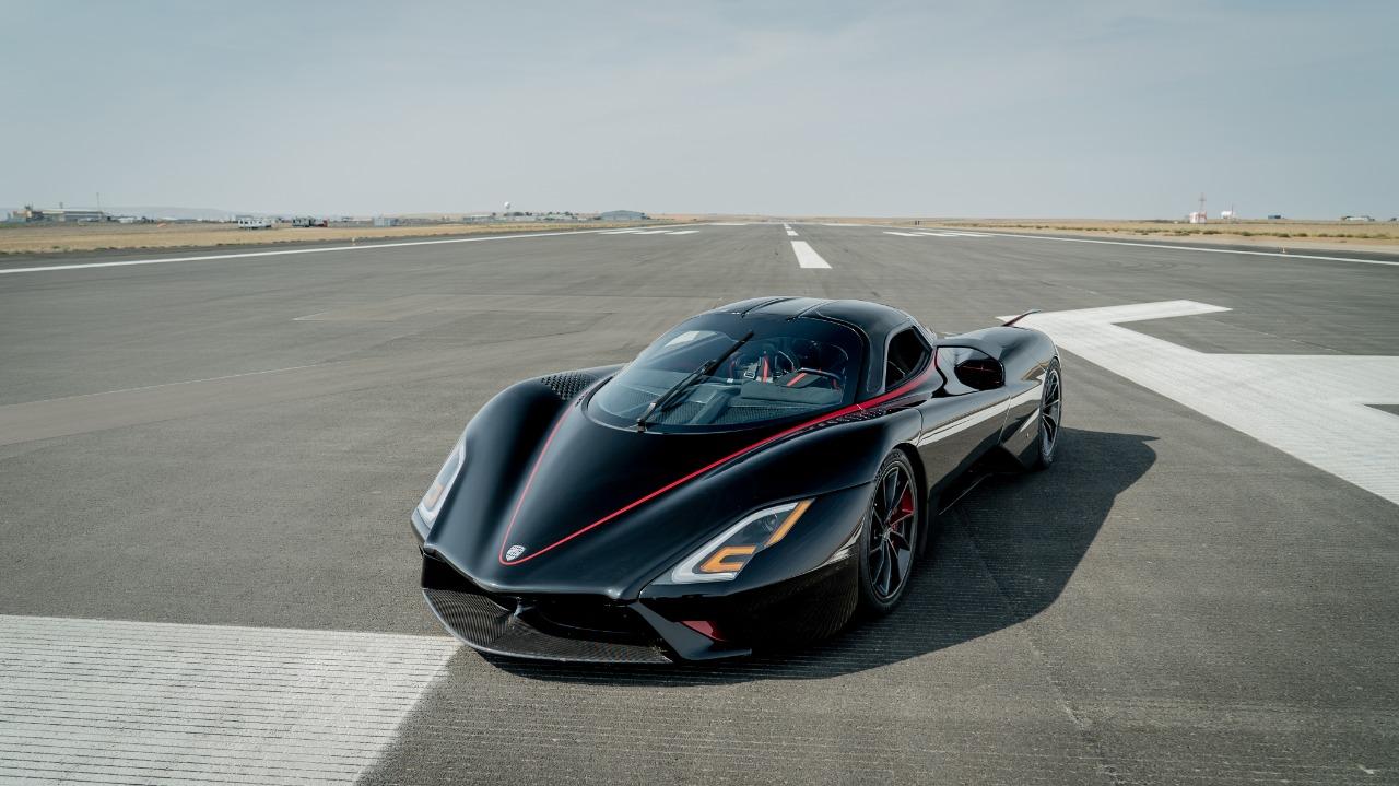 SSC Tuatara é o novo carro mais rápido do mundo