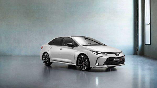 Toyota confirma Corolla GR Sport para o Brasil