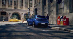Após descontos Peugeot volta a reajustar preços do 208