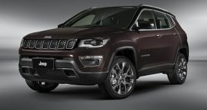 Jeep Compass segue líder no segmento de SUVs médios