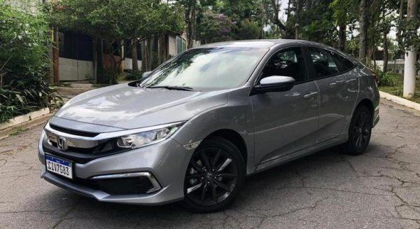 Honda mexeu nos preços do Civic; versão de entrada sai por R$ 109.300